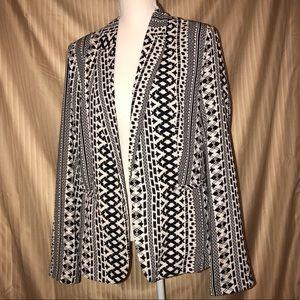 BCNU B&W large open front blazer